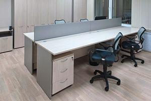 Какие бывают офисные столы